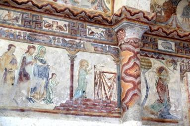 Vieux Pouzauges : Fresques